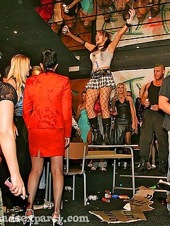 Lesbian Party Pics