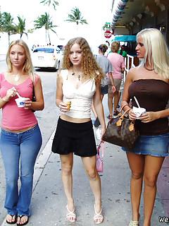 Lesbian Outdoor Pics